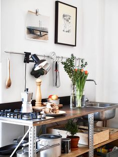 Style and Create — ThisGothenburg apartment is one of my personal... Diy Kitchen, Kitchen Interior, Kitchen Dining, Kitchen Decor, Dining Room, Kitchen Things, Cuisines Design, Scandinavian Home, Home Kitchens