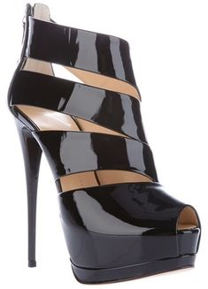 GIUSEPPE ZANOTTI Cut Out Detail Shoe