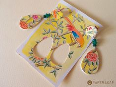 Porcelain YellowBird | handpainted paper earrings with agate | acrilyc paint on Canson cardstock | Paper Leaf