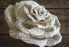 Rosas de papel feitas com páginas de livro | Cacareco