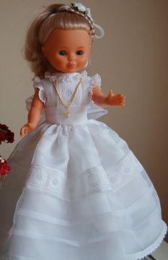 traje comunion nancy , sacado de un blog de Mabi Luna , con su correspondiente patron