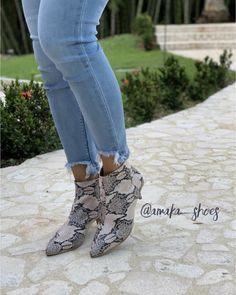 Calzado, botines, botas, zapatos Booty, Ankle, Shoes, Fashion, Shoe Boots, Footwear, Moda, Swag, Zapatos