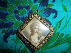 Victorian Mourning Brooch Hand Painted Portrait and Hidden hairwork #Victorianhairwork #hairworkjewelry #antiquejewelry #handpainted