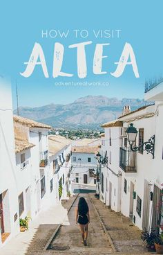 White washed houses, flowers dotting the view, iconic blue domed roofs, gorgeous ocean views… Sounds like Santorini, Greece, doesn't it? But no, it's Altea, Spain!