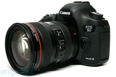 Canon EOS 5D Mark III 22.3 MP Full Frame CMOS Digital SLR Camera   5D Mark III Body 24-105mm Lens