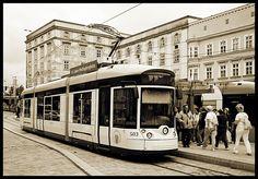 Linz / Donau (Oberösterreich / Upper Austria): Pöstlingbergbahn Light Rail, Train Tracks, Austria, Places Ive Been, Cable, Street View, Around The Worlds, Europe, Beautiful