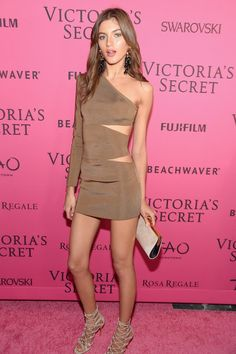 Valery Kaufman – Victoria's Secret Fashion Show 2015 After Party in NYC, Valery Kaufman Style, Outfits and Clothes. Fashion Shows 2015, Spring Fashion Trends, Fashion Models, Female Fashion, Fashion 101, Latest Fashion, Victoria's Secret, Henri Bendel, Victoria Models