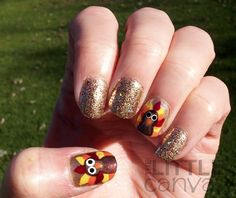 Thanksgiving Nails.. how cute! It would take me FOREVER to do this haha!