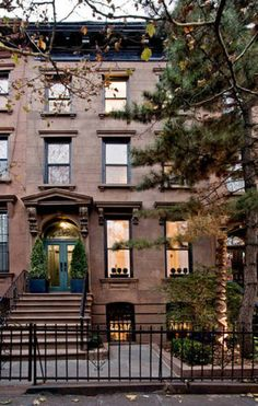 brownstones on pinterest brooklyn brownstone brownstone
