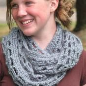 Fall Cowl Crochet Pattern - via @Craftsy