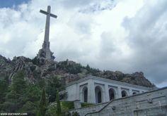La Cruz del Valle de los Caídos en Madrid.