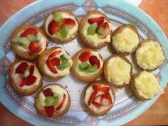 Pomodori verdi fritti: Pasticcini con crema e frutta