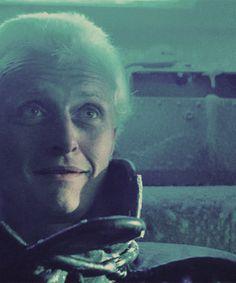 Roy Batty #Bladerunner 1980s Films, Sci Fi Films, Film Blade Runner, Blade Runner 2049, Roy Batty, Rutger Hauer, Ridley Scott, Top Movies, Music Tv
