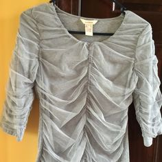 Pretty Gray Tee from Sundance Size Small EUC Love this top, but I am trying to downsize my closet.  Someone needs this!  Dressy and comfy all at once.   Smoke free Pet friendly Sundance Tops Tees - Short Sleeve