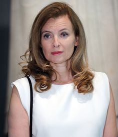 Valérie Trierweiler leaves hospital eight days after news of Hollande's alleged affair The Eighth Day, Politicians, Her Hair, Affair, Royalty, Dressing, Feminine, France, Elegant