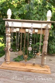 upcycle, recycle, repurpose, redesigned jewelry display from Junk Market Style… Craft Fair Displays, Market Displays, Store Displays, Display Ideas, Vendor Displays, Booth Displays, Booth Ideas, Jewelry Booth, Jewelry Armoire