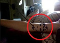 girl gets boyfriends faced tattooed on her arm after ONE week of dating. click on it to read the ridiculous fb thread where he finds out... << definitely worth reading. the most funny and insane thing I've read all week!