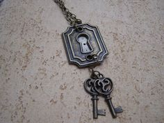 Steampunk Necklace Vintage Watch Brass Jewelry Key Hole with Keys ~ idea