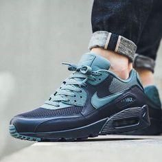 http://SneakersCartel.com Scopri tutte le novità nel nostro shop online!... #sneakers #shoes #kicks #jordan #lebron #nba #nike #adidas #reebok #airjordan #sneakerhead #fashion #sneakerscartel https://www.sneakerscartel.com/scopri-tutte-le-novita-nel-nostro-shop-online-230/