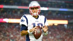 Quarterback Jimmy Garoppolo traded to the 49ers for a second-round pick