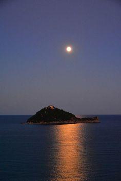 #Alassio #Gallinara Island Alassio, Liguria, Italy, province of Savona