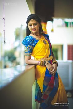 If you are looking for the latest & new Silk Saree blouse designs catalogue 2019 ideas for your party, fancy, silk or any other sarees, you've come to the right place. Pattu Saree Blouse Designs, Fancy Blouse Designs, Bridal Blouse Designs, Blouse Neck Designs, Blouse Designs Catalogue, Sleeves Designs For Dresses, Sleeve Designs, Stylish Blouse Design, Designer Blouse Patterns