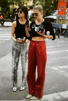 love this style cropped tops and high waist trousers