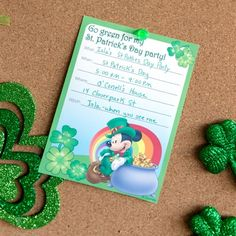 Luck might miraculously make all your guests show up to your St. Pattie's day party, but our St. Patrick's Day party invitations will definitely help. Cute Mickey Mouse, Mickey Mouse Birthday, Saint Patrick, Walt Disney, Disney Family, Disney Cruise, Printable Invitations, Party Invitations, Invite