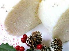 ☆クリスマスケーキに白いロールケーキ☆の画像