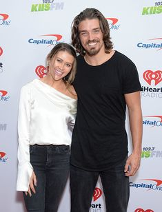 'Bachelor' & 'Bachelorette' Couples That Are Still Together: Caelynn Miller-Keyes & Dean Unglert Jason Mesnick, Carly Waddell, Catherine And Sean, Shawn Booth, Ashley Hebert, Melissa Rycroft, Bachelor Couples, After The Final Rose
