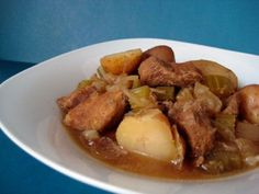 Crockpot, Food And Drink, Beef, Ajouter, Soups, Fluffy Biscuits, Chocolates, Meat, Slow Cooker