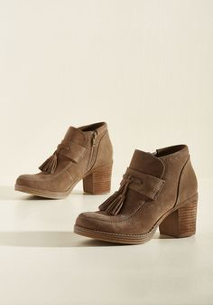 Vogue Visionary Suede Bootie. Always in tune with your souls cravings, youve dreamed these suede booties into your reality! #tan #modcloth
