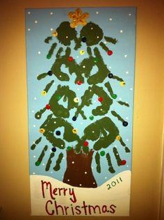@Sandra Pendle Stone howard family Christmas tree