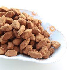 Opskrift på Lakridsmandler (licorice almonds in Danish)