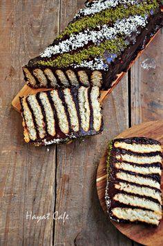 pudingli-biskuvili-pasta Chocolate Deserts, Turkish Recipes, Beautiful Cakes, Cake Cookies, Avocado Toast, Parfait, Christmas Time, Food And Drink, Restaurant