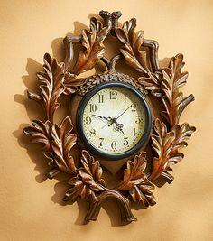 5549008902:Acorn Clock