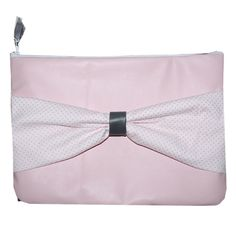 Laptop sleeve roze leer met wit met stippen strik.