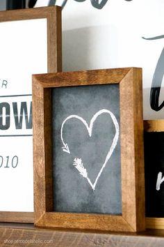 Valentines Decoration, Vintage Valentines, Valentine Day Crafts, Holiday Crafts, Valentines Frames, Valentine Tree, Chalkboard Art, Chalkboard Background, Chalkboard Doodles