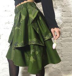 Designer double-layered Bali Oliva skirt. Made of ethnic cotton.