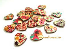 20 Painted Wood Buttons Heart Shape #Buttons 22mm #Craft Projects #Sewing Buttons Mixed Lot #knitting #crochet