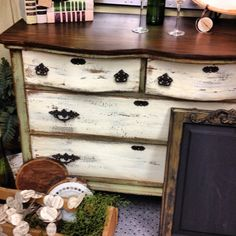 Serendipity Market's refinished furniture selection is one of the best in Edmond! Stop by & see for yourself @ 917 E Danforth!