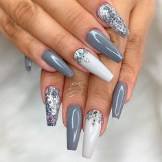 The term coffin nails is pretty controversial, but that does not make such nails less fabulous-looking. Besides, we know the best ways to enhance them. #nails #nailart #naildesign #coffinnails