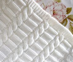 Knitting pattern afghan baby blanket 3 Sizes Easy Beginner Source by Knitting pattern afghan baby blanket 3 Sizes Easy Beginner Source by Easy Blanket PATTERN written instructions with diagram Easy Knitting Patterns, Baby Patterns, Stitch Patterns, Crochet Patterns, Simple Knitting, Blanket Patterns, Knitted Afghans, Knitted Baby Blankets, Tricot Simple