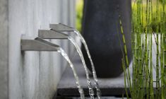 contemporary water feature by Jan Abrahams BV Stone Water Features, Pool Water Features, Water Features In The Garden, Beautiful Pools, Beautiful Gardens, Modern Landscaping, Backyard Landscaping, Modern Water Feature, Water Spout