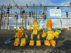 LEGO Mixels Series 1 : Electroids in action