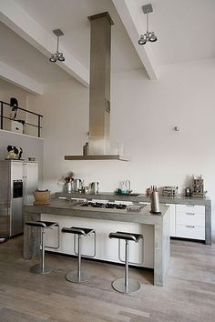 Nice use of material and colors Concrete Kitchen, Kitchen Style, Open Plan Kitchen, Kitchen Interior, Home Kitchens, Concrete Countertops Kitchen, Kitchen Room, Kitchen Remodel, Kitchen Renovation