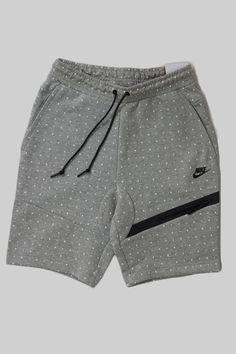 cb1d1aa3215 Cool Men s Summer Style NIKE TECH FLEECE DOT SHORT MEDIUM GREY WHITE BLACK  Nike Tech Shorts
