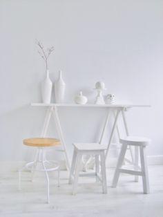 Ideal World :) Interior Inspiration, Design Inspiration, Blanco White, White Stool, Minimal Photography, White Sandals, Shades Of White, Color 2, Pure White