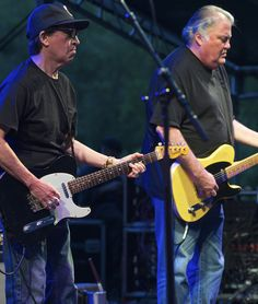 Louie Perez and David Hidalgo guitars front