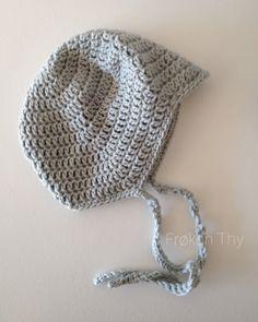 Frøken Thys kreahjørne: DIY: Hæklet djævlehue Newborn Crochet, Crochet Baby, Knit Crochet, Crochet For Kids, Baby Knitting Patterns, Diy Clothes, Diy And Crafts, Kids Outfits, Winter Hats